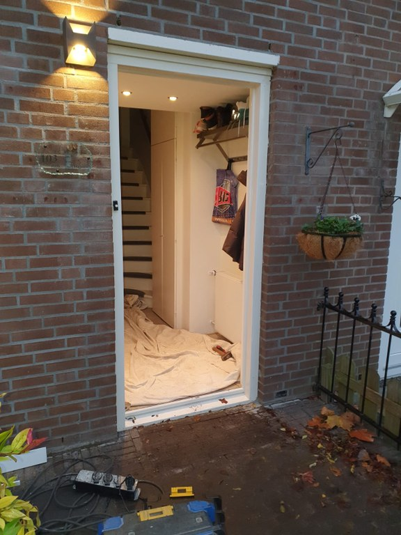 Nieuwe voordeur in Almere Haven op 15/2